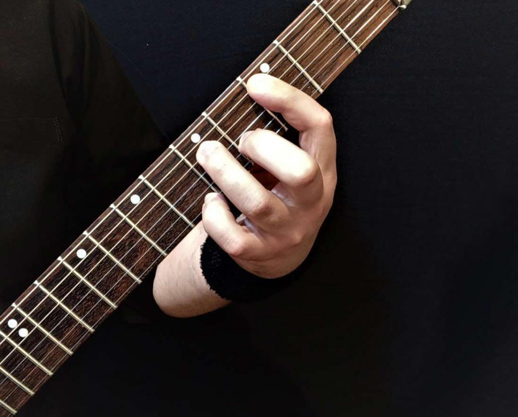 آموزش آکورد دو مینور 7 گیتار الکتریک